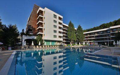 Хотел Фламинго4*